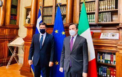 Μιλτιάδης Βαρβιτσιώτης: Ιταλία και Ελλάδα θέλουν περιβάλλον ασφάλειας στην Μεσόγειο