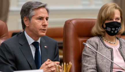 Αμερικανός Υπουργός Εξωτερικών: Η Ρωσική απειλή στην Ουκρανία παραμένει