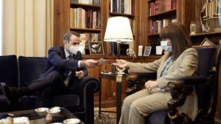 Συνάντηση του πρωθυπουργού με την Πρόεδρο της Δημοκρατίας