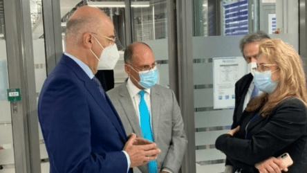 FM Dendias visits Artificial Intelligence University in Abu Dhabi