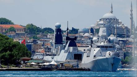 Ηγετικό ρόλο μέσα στο ΝΑΤΟ επιδιώκει το Ηνωμένο Βασίλειο – Ακόμα ένα πολεμικό πλοίο κατευθύνεται στην Μαύρη Θάλασσα