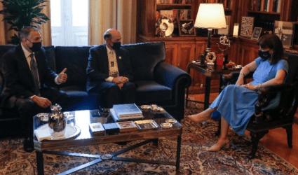 Συνάντηση της Προέδρου της Δημοκρατίας με ομογενείς πολιτειακούς γερουσιαστές των ΗΠΑ