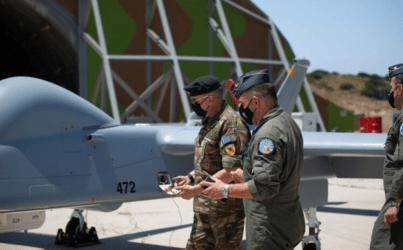 Σκύρος: Στο κλιμάκιο της MALE UAV από την οποία επιχειρεί HERON 1 ο αρχηγός ΓΕΕΘΑ