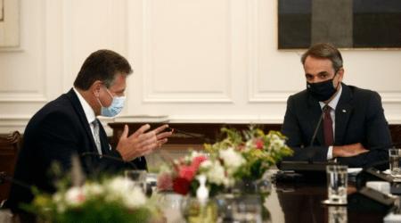Η κλιματική κρίση, η ανάγκη ψηφιακής μετάβασης και η αντιμετώπιση των ανισοτήτων στο επίκεντρο της συνάντησης Μητσοτάκη – Σέφκοβιτς