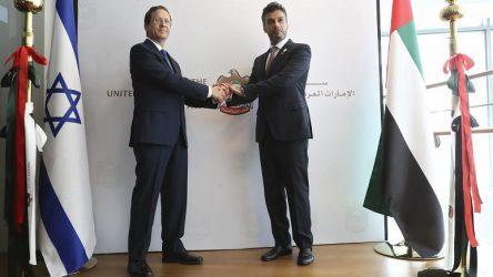 Άνοιξαν πρεσβεία τους στο Τελ Αβίβ τα Ηνωμένα Αραβικά Εμιράτα