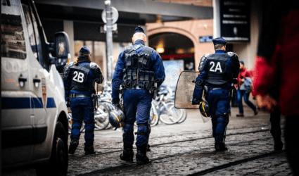 Η Γαλλία προχωρά σε απελάσεις Ισλαμιστών