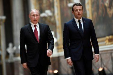 Επικοινωνία Μακρόν – Πούτιν – Συζήτησαν την κατάσταση στην Ουκρανία και τη Λιβύη