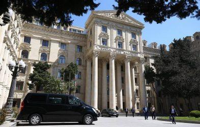 Υπουργείο Εξωτερικών του Αζερμπαϊτζάν: Είμαστε έτοιμοι να εξομαλύνουμε τις σχέσεις με την Αρμενία βάσει αυστηρής συμμόρφωσης με το διεθνές δίκαιο