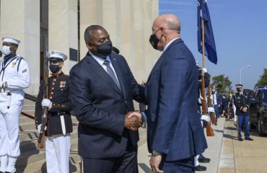 Η Αυστραλία «σπάει» τη συμφωνία προμήθειας υποβρυχίων με τη Γαλλία