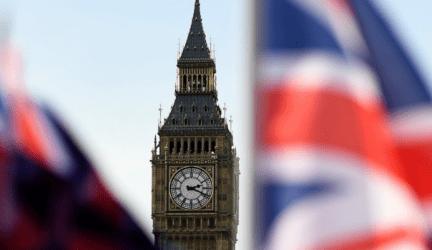 Βρετανία: Άδεια ράφια και ελλείψεις προϊόντων