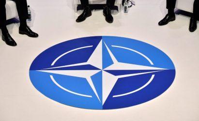 Οι Γάλλοι του 1,84% στις δαπάνες του ΝΑΤΟ, προβλέπουν ότι οι ΗΠΑ του 3,42% δεν θα πληρώνουν πλέον για την Ασφάλεια της Ευρώπης