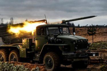 Γενικός Γραμματέας του ΝΑΤΟ: Η Ρωσία συγκεντρώνει μεγάλους αριθμούς στρατευμάτων στην Ουκρανία και τις Βαλτικές Χώρες