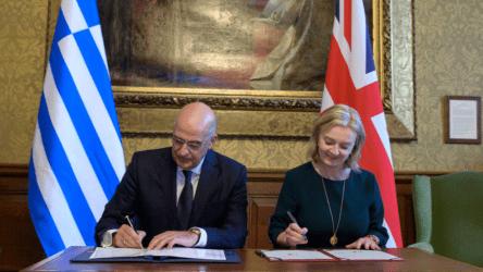 Υπουργός Εξωτερικών: Νέο κεφάλαιο στις σχέσεις Ελλάδας – Ηνωμένου Βασιλείου