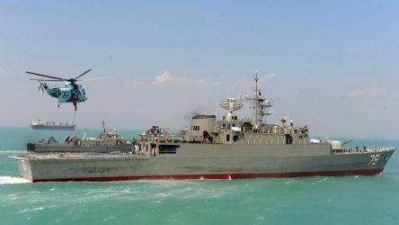 Tο πολεμικό ναυτικό του Ιράν απέτρεψε επίθεση σε δύο δεξαμενόπλοια